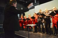 Allister Cox conducts The Geelong Chorale
