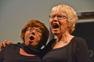 Karen Boer and Helen Lyth - Cat Duet