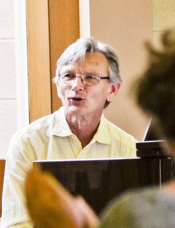 Tom Healey accompanied The Carol of the Birds