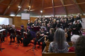 Combine choirs and chamber ensemble for Vivaldi Gloria in D